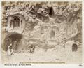 Fotografi från tempelruin i Banias - Hallwylska museet - 104252.tif