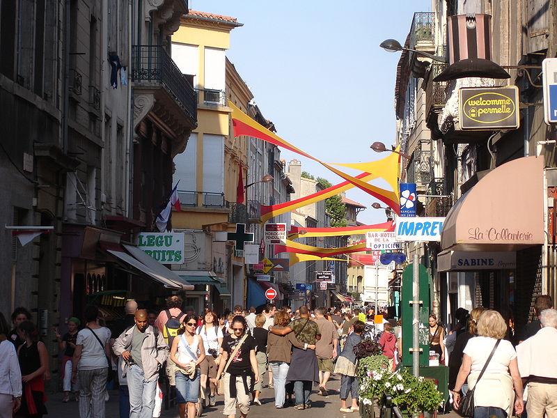 File:France carcassonne rue verdun.jpg