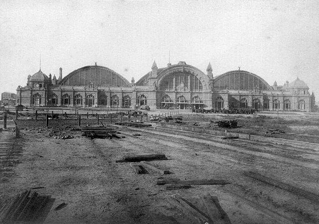 Frankfurt Hptbhf 1888a.jpg