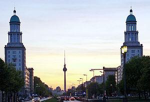 Frankfurter Tor - Frankfurter Tor, looking westward toward Alexanderplatz (2005)