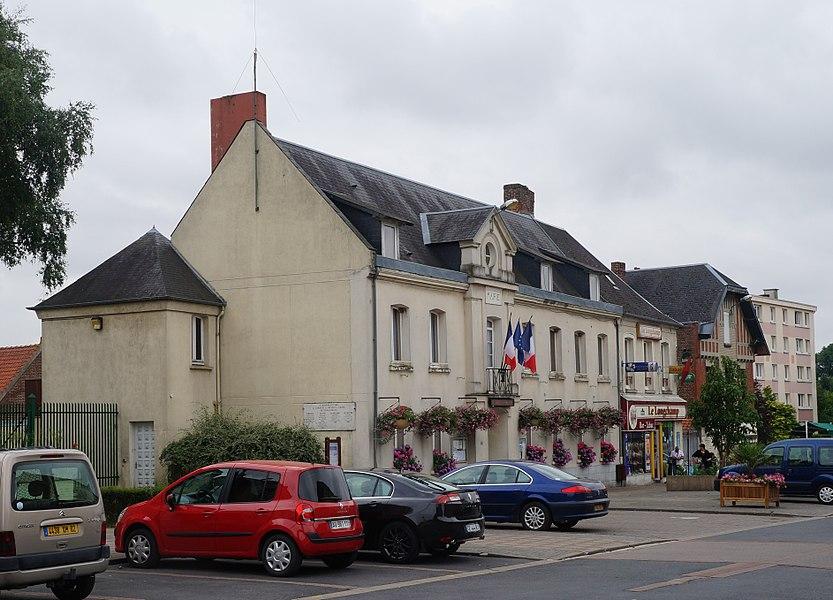 Fresnoy-le-Grand.- Aisne.- France. La Mairie