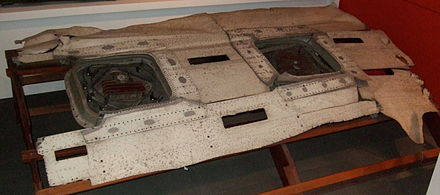 The fuselage roof fragment of G-ALYP on display in the Science Museum in London, showing the two ADF windows at which the initial failure occurred. Fuselage of de Havilland Comet Airliner G-ALYP.JPG
