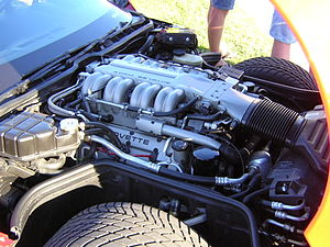 Chevrolet small-block engine - A GM LT5 engine