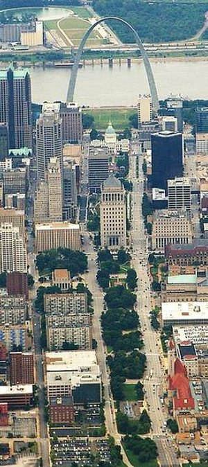 St. Louis Gateway Mall - Aerial view of the mall looking east