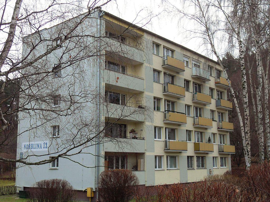 1024px-Gda%C5%84sk_ulica_Norblina_12.JPG
