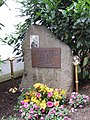 Gedenkstein Paul Sauer in Siegburg.JPG