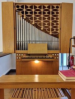 Gelsenkirchen-Horst, Paul-Gerhardt-Kirche, Orgel (2).jpg