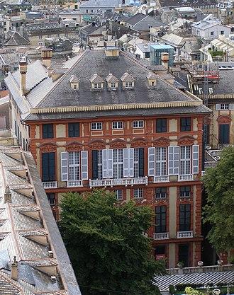 Palazzo Rosso (Genoa) - Image: Genoa Spianata Castelletto Palazzo Rosso