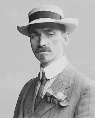 Glenn Curtiss - Glenn Curtiss circa 1909
