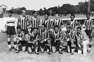 Time do Grêmio que ergueu o 15º título do clube  o Citadino de 1933 0e0424e1d1650