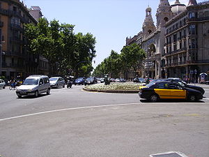 Gran Via de les Corts Catalanes - Crossing between Rambla de Catalunya and Gran Via