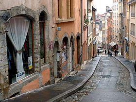 http://upload.wikimedia.org/wikipedia/commons/thumb/6/6b/Grande_Cote_Lyon.jpg/280px-Grande_Cote_Lyon.jpg