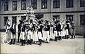Grunnlovsjubileets Historiske Opptog Th Constitutional Centenary Parade (1914) 1.jpg