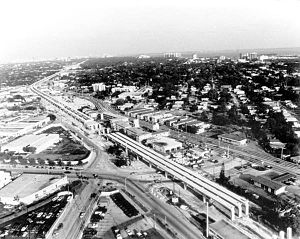 Metrorail (Miami-Dade County) - Metrorail viaduct under construction at Douglas Road in Coral Gables during the early 1980s