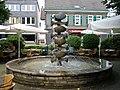 Hückeswagen - Wilhelmsplatz - Schaschlikbrunnen 02 ies.jpg