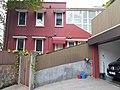 HK PK 香港登高 hiking 山頂 Victoria Peak 舊山頂道 51 Old Peak Road Epworth Lodge red building n indoor carpark April 2020 SS2 04.jpg