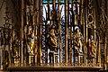 Hallstatt kath. Kirche Marienaltar Gesprenge 01.jpg