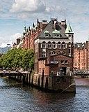 Hamburg, Speicherstadt, Wasserschloss -- 2016 -- 2951.jpg