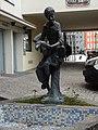 Hans-im-Glueck-Brunnen Innsbruck 01.jpg