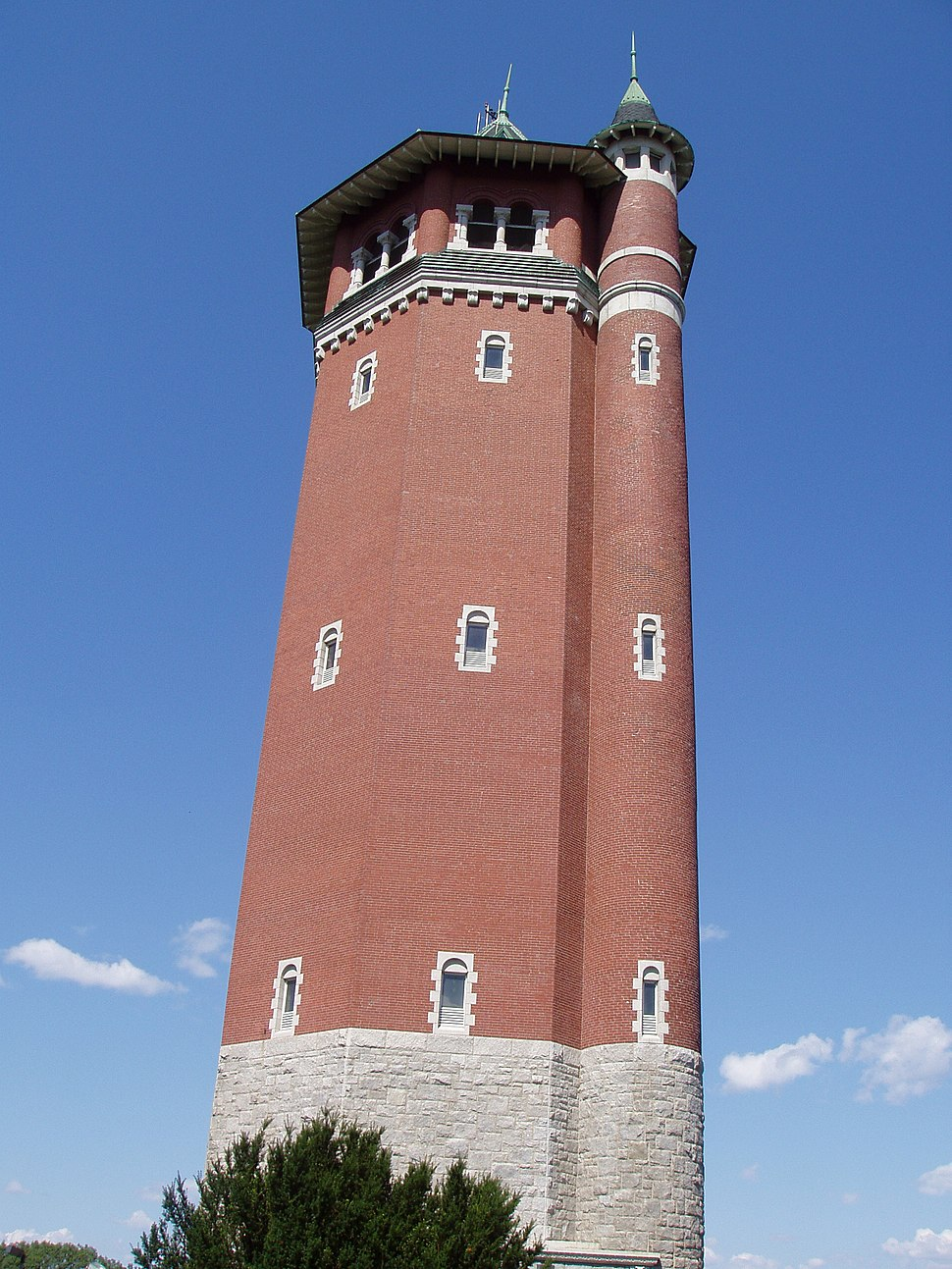 High Service Water Tower (1895), Lawrence, Massachusetts