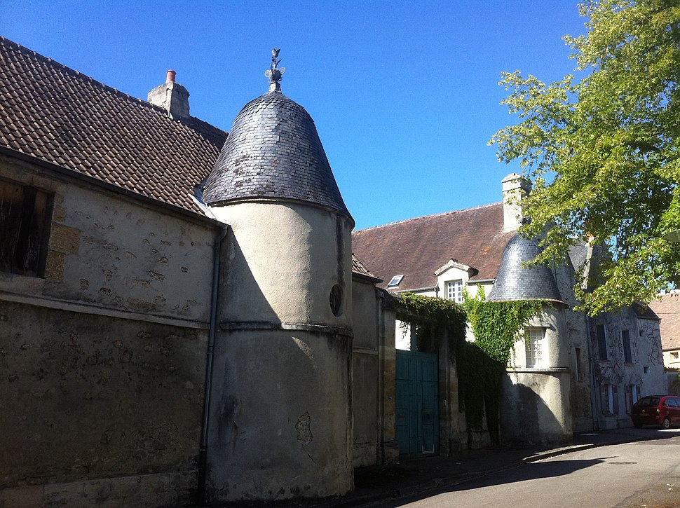 Hotel Joseph de Laleu 56 rue Saint Martin built in 1651