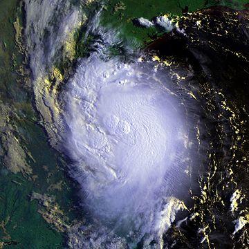 Hurricane Erika 16 aug 2003 1310Z.jpg