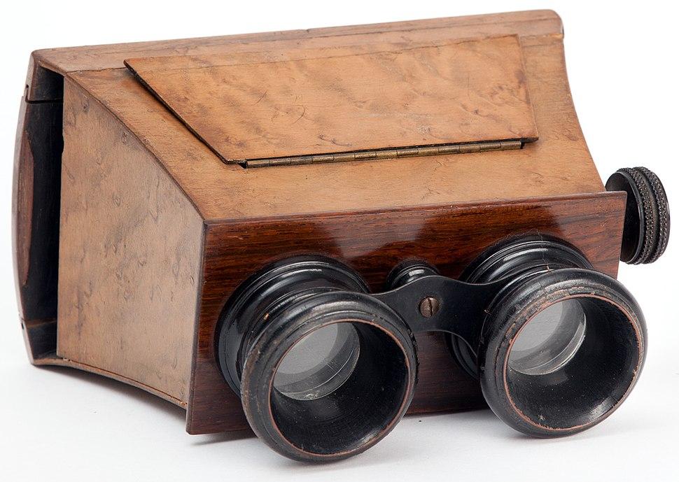 IGB 006055 Visore stereoscopico portatile Museo scienza e tecnologia Milano