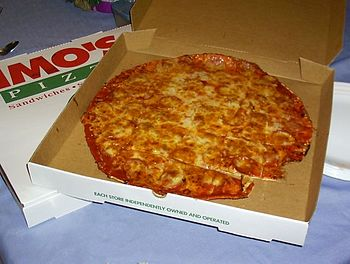 English: A St. Louis-style pizza in its delive...