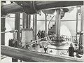 In de machinehal van het gemaal, nu museum, de Cruquius. NL-HlmNHA 54014873.JPG