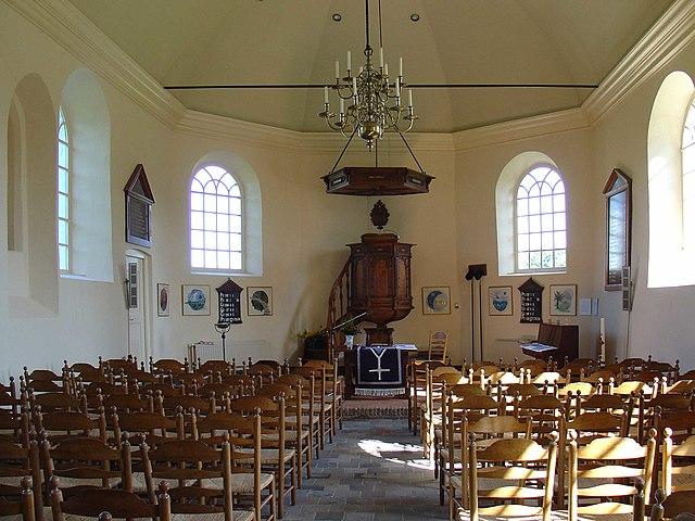 Afbeeldingsresultaat voor interieur kerk