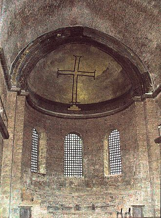 Byzantine Iconoclasm - A simple cross: example of iconoclast art in the Hagia Irene Church in Istanbul