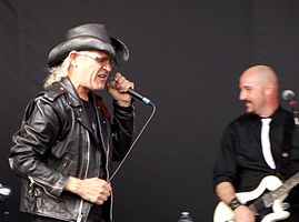 Men Without Hats performing in 2011 (Ivan Doroschuk, vocals; James Love, guitar)