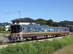 Kishin Line - A Himeji-bound KiHa 127 series train