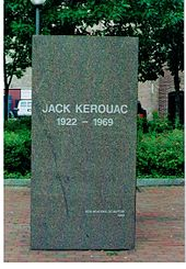 Memorial stone of the author Jack Kerouac in the city of Lowell, Mass. (États-Unis)