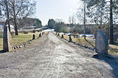 Vägbeskrivningar till Täby Kyrkby (L) med kollektivtrafik