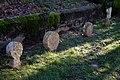 Jatxou-Enclos parossial-Stèles brisées-20141222.jpg