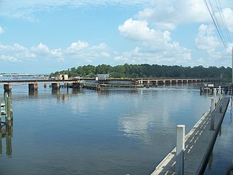 Trout River (Florida) - Image: Jax FL Trout River near US 17 Main St 02