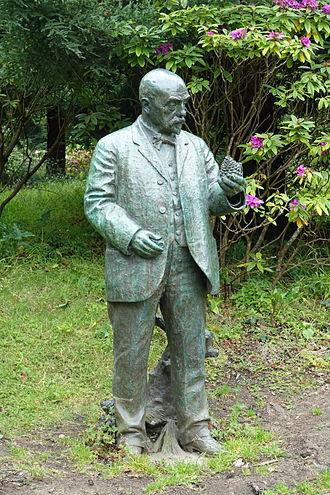 John McLaren (horticulturist) - Statue of John McLaren, Golden Gate Park
