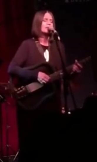 Joyce (singer) - Moreno performing in 2016