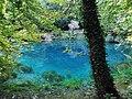 Karstquelle Blautopf in Blaubeuren.jpg