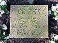 Kissenstein Bruno und Heinz Priess Ehrenhain FriedhofOhlsdorf.jpg