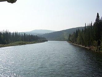 Klondike River - Image: Klondike River crossing Dempster Highway 2