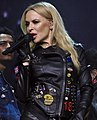 Kylie Minogue 6 (43342213180) (a).jpg
