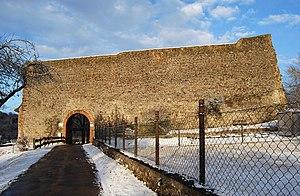 Schildmauer der Vorburg (2012)