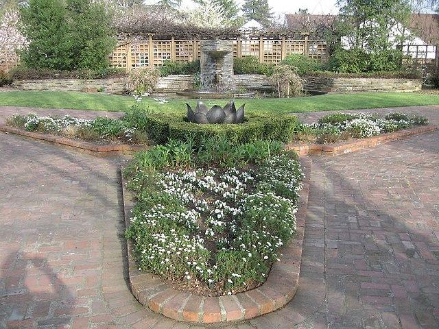 Сады Лютера Бёрбанка, Санта-Роза, Калифорния, США