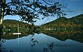 Laurentides Lac Automne.jpg