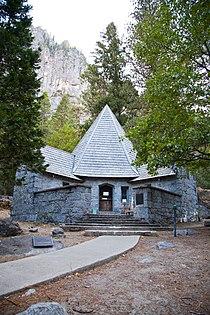 LeConte Memorial Lodge-2.jpg