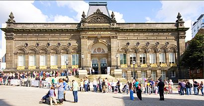 How to get to Leeds City Museum in Leeds by Bus or Train | Moovit ...