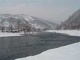 Description de l'image Lim river in Prijepolje.jpg.