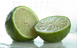 Persian lime - Sliced lime